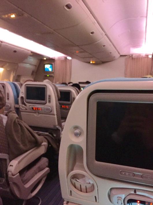 シンガポール航空、ボーイング777-300ER エコノミーキャビン