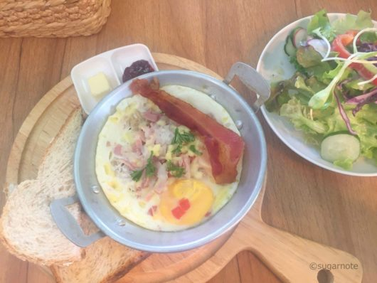 Egg & Bacon in a Pot @The Salad Concept