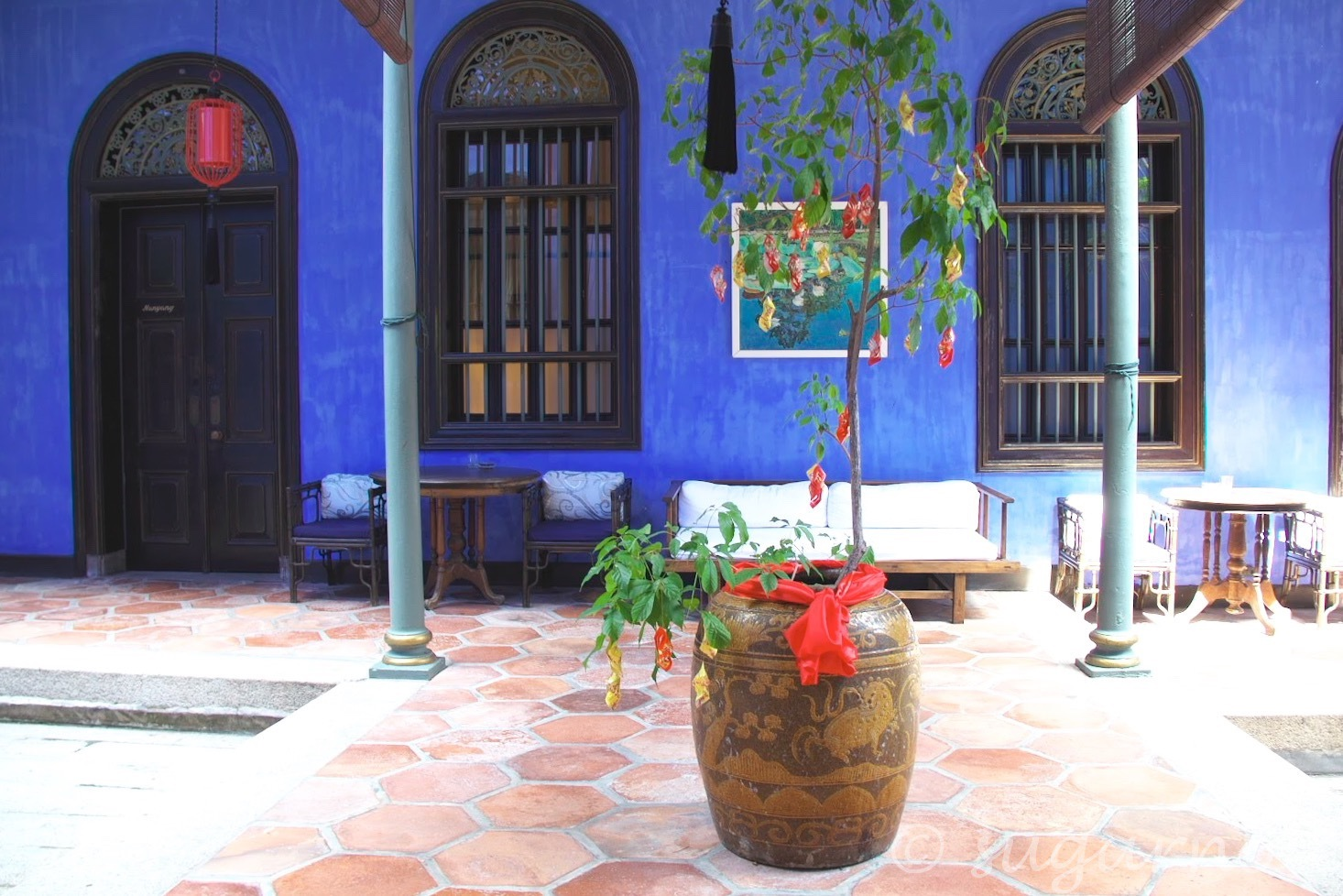 The Blue Mansion, ブルーマンション