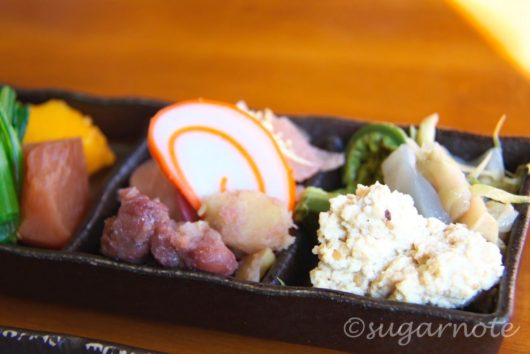 相倉集落, まつや, Ainokura-Village, Matsuya, 山菜郷土料理の盛り合わせ