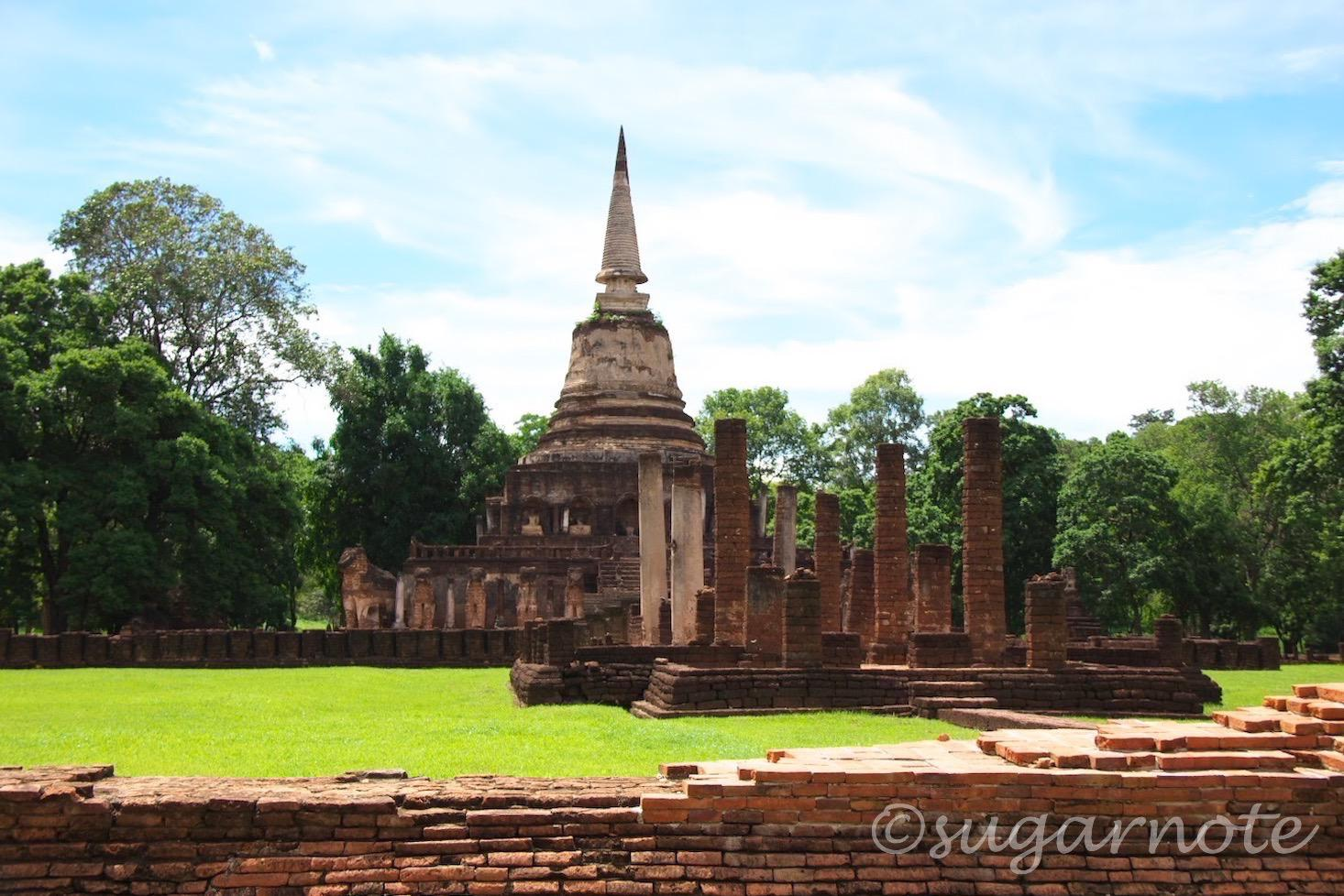 シー・サッチャナーライ歴史公園, Sri Sanchanalai Historical Park, Wat Chang Lom, ワット・チャーン・ローム