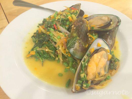 Laem Chancoen Seafood, ニュージーランド産ムール貝のタイハーブピリ辛炒め